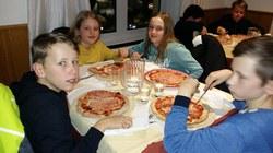Soirée pizza (4) (960x540)