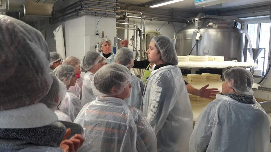 Visite fromagerie   apiculture (1) (960x540)