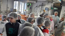 Visite fromagerie   apiculture (17) (960x540)